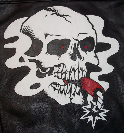 Skull with cigarr